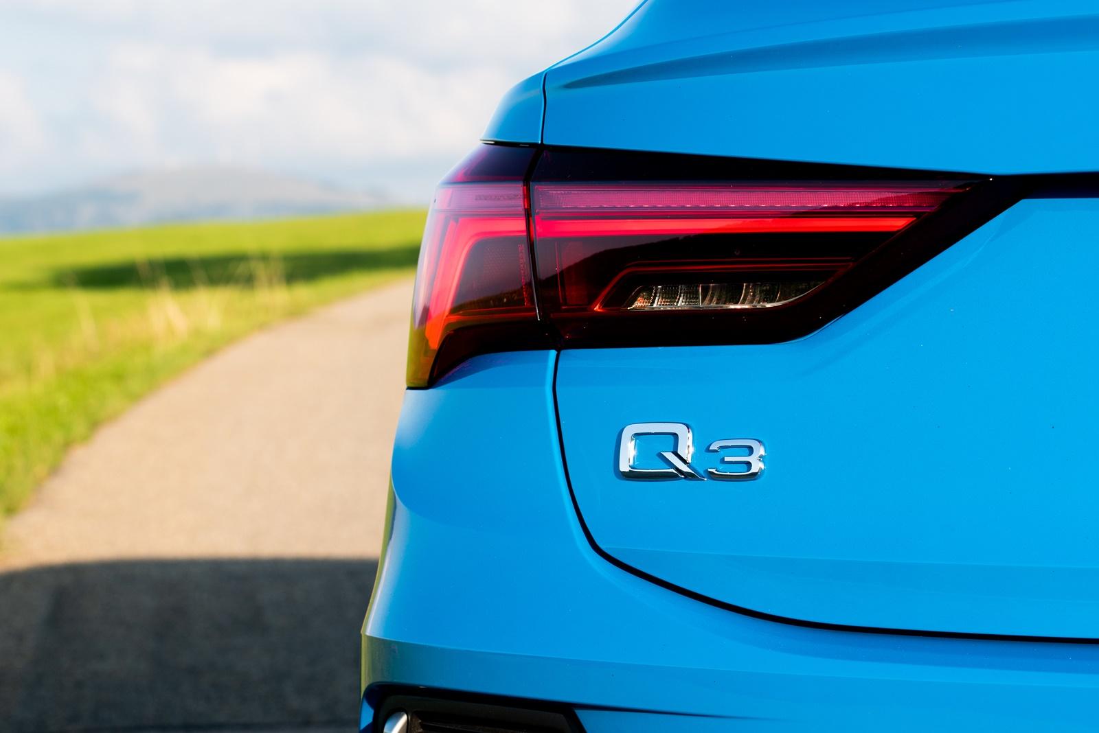Audi-Q3-Sportback-40-TDI-Quattro-12