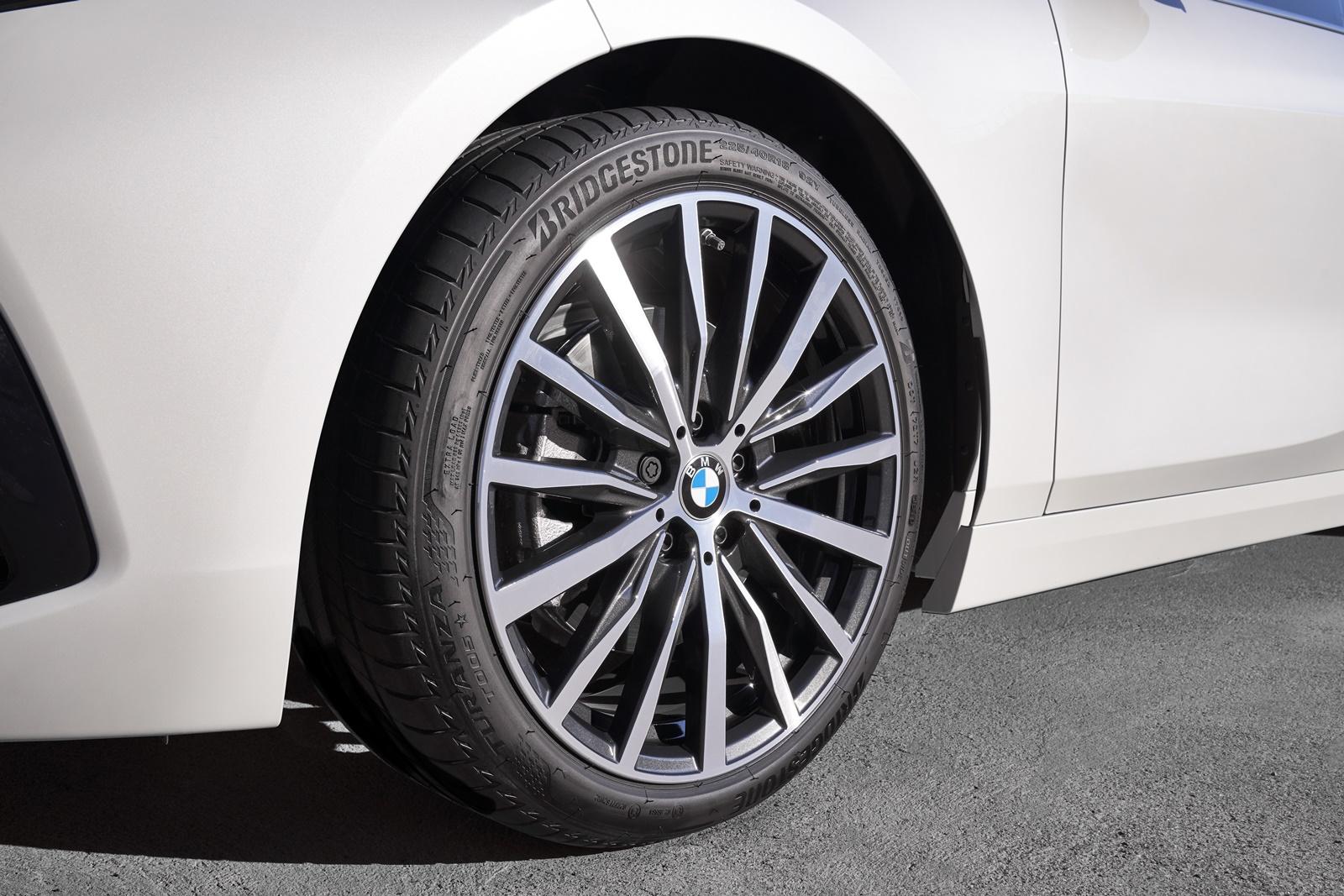 BMW-118i-13