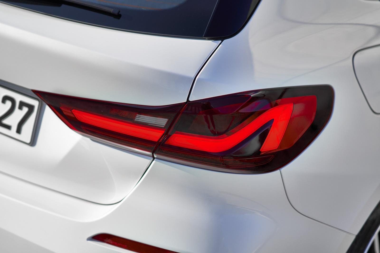 BMW-118i-14