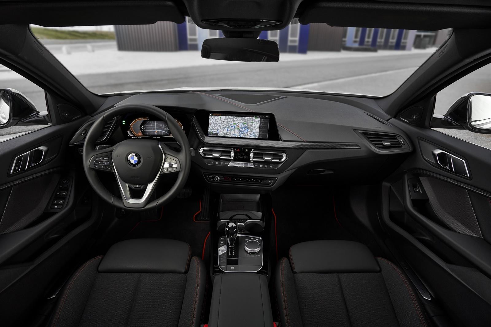 BMW-118i-21
