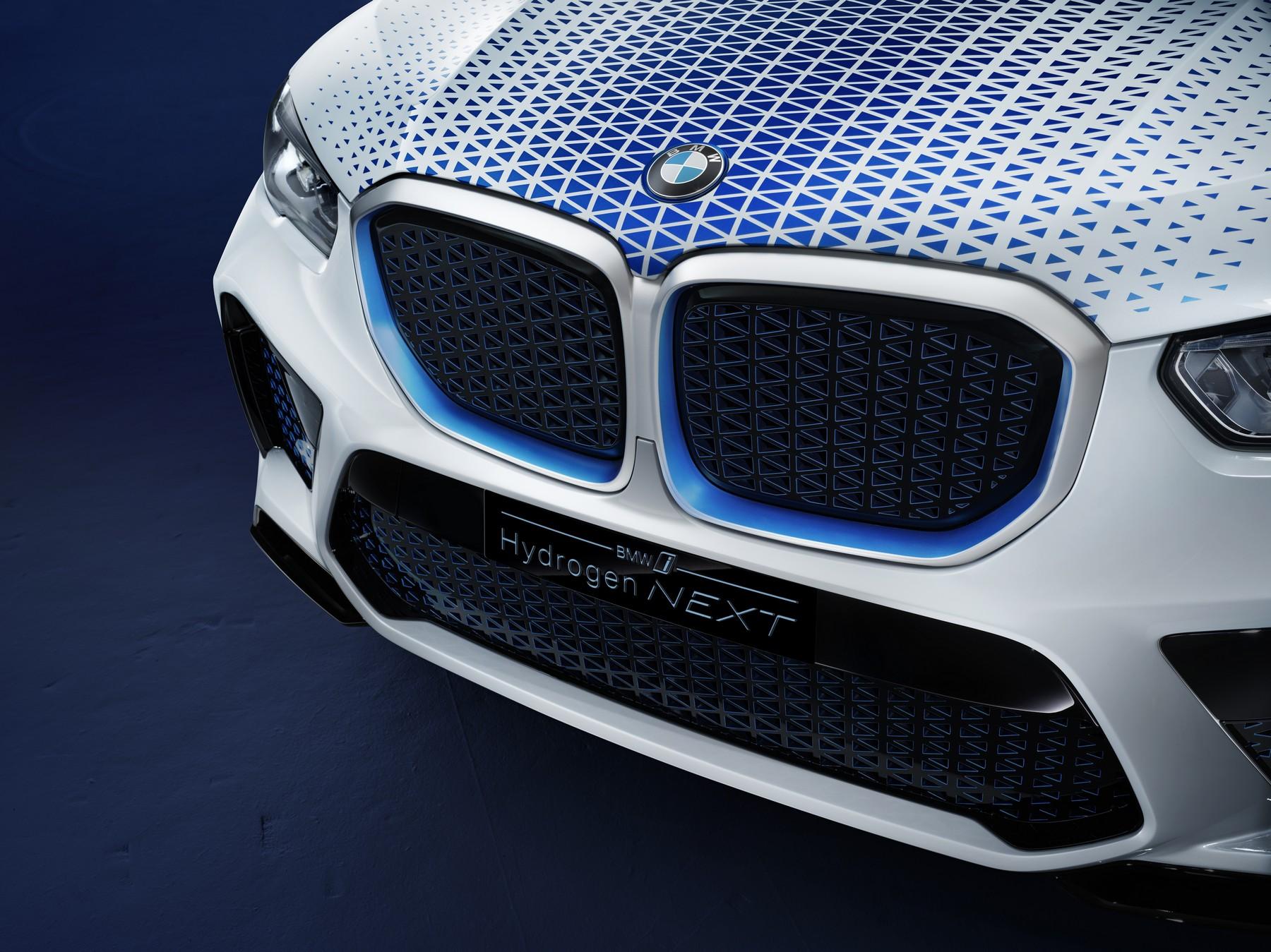 BMW-i-Hydrogen-Next-10