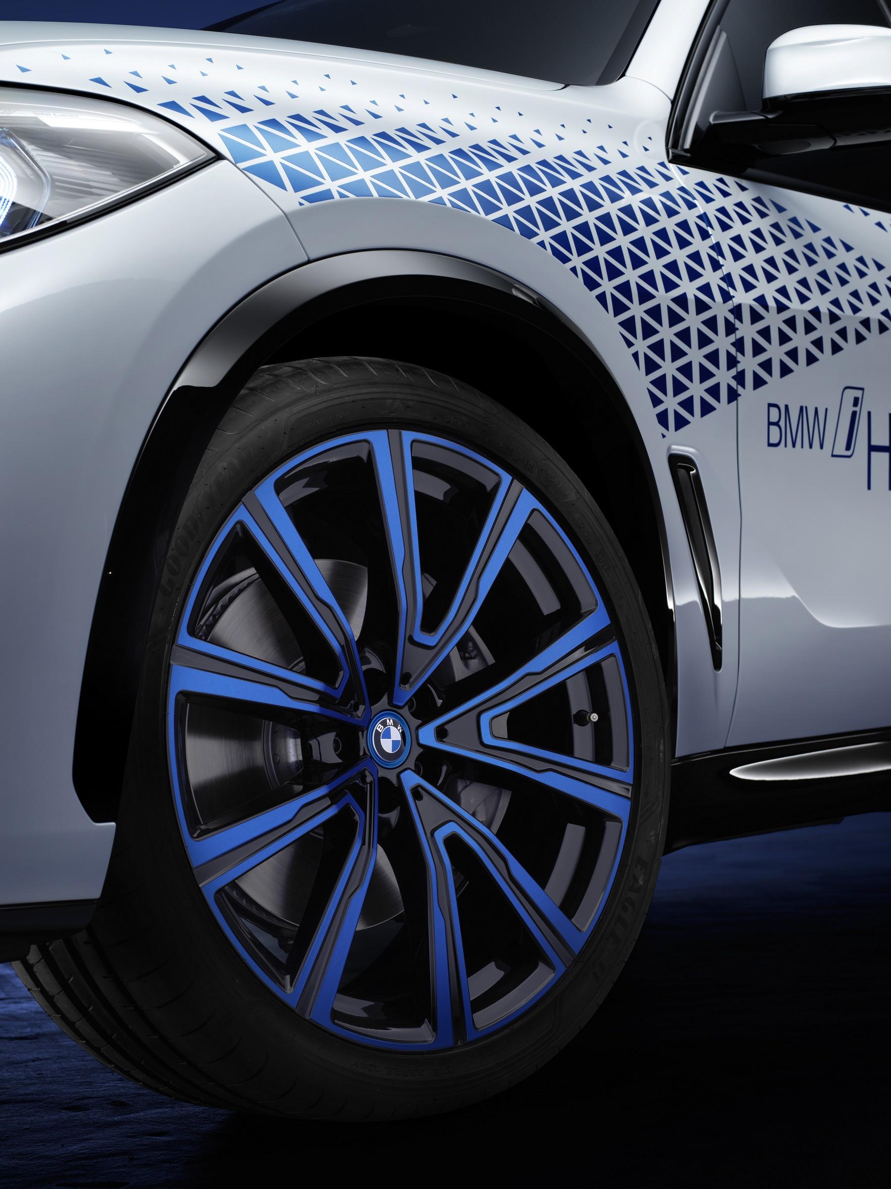 BMW-i-Hydrogen-Next-2