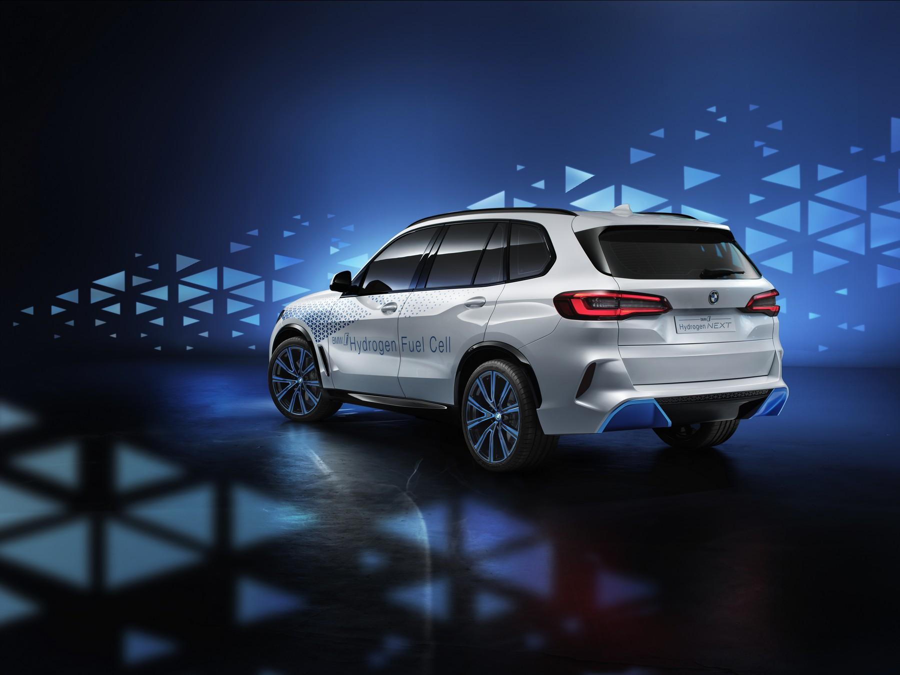 BMW-i-Hydrogen-Next-4