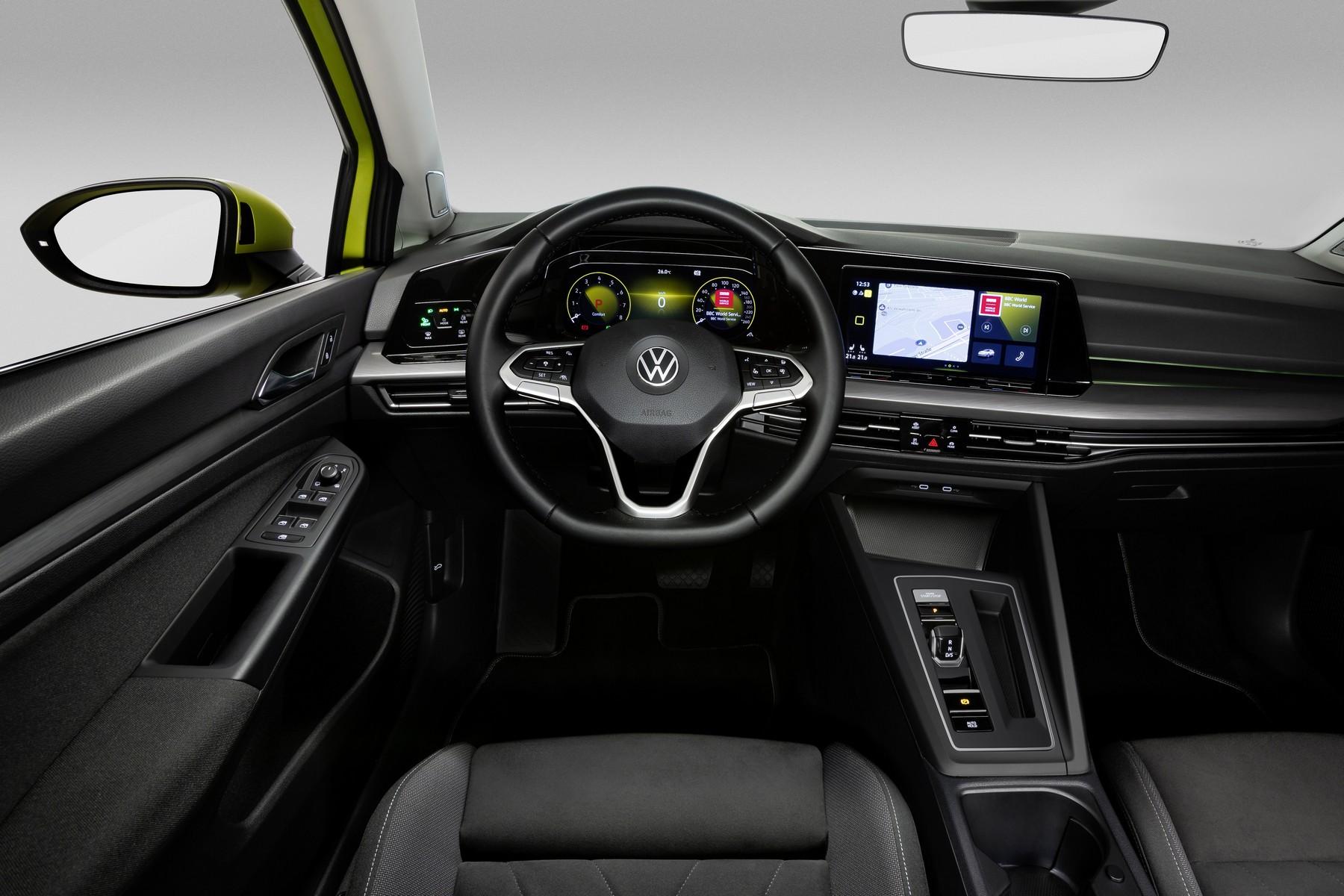 VW-Golf-8-12