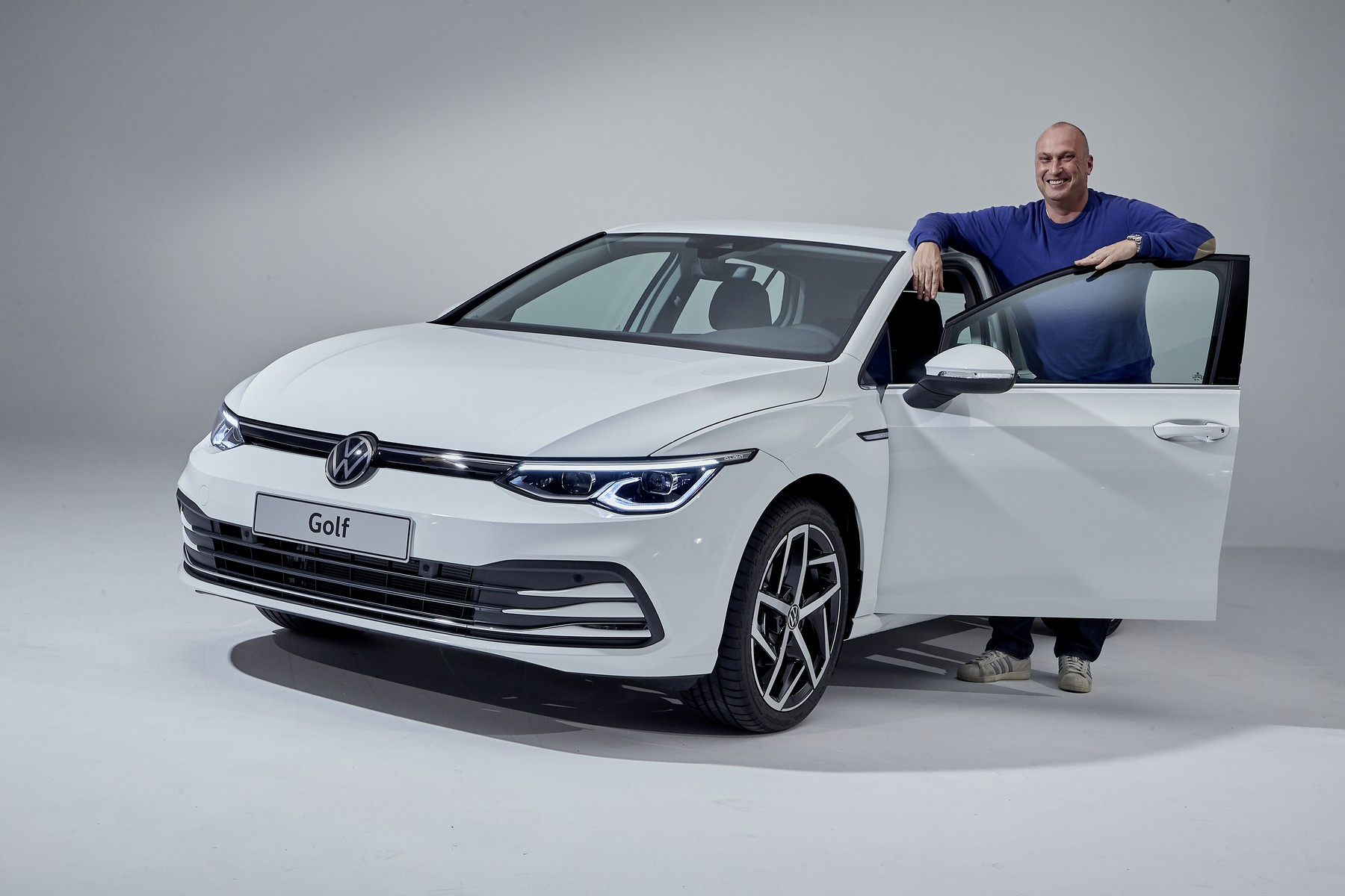 VW-Golf-8-18
