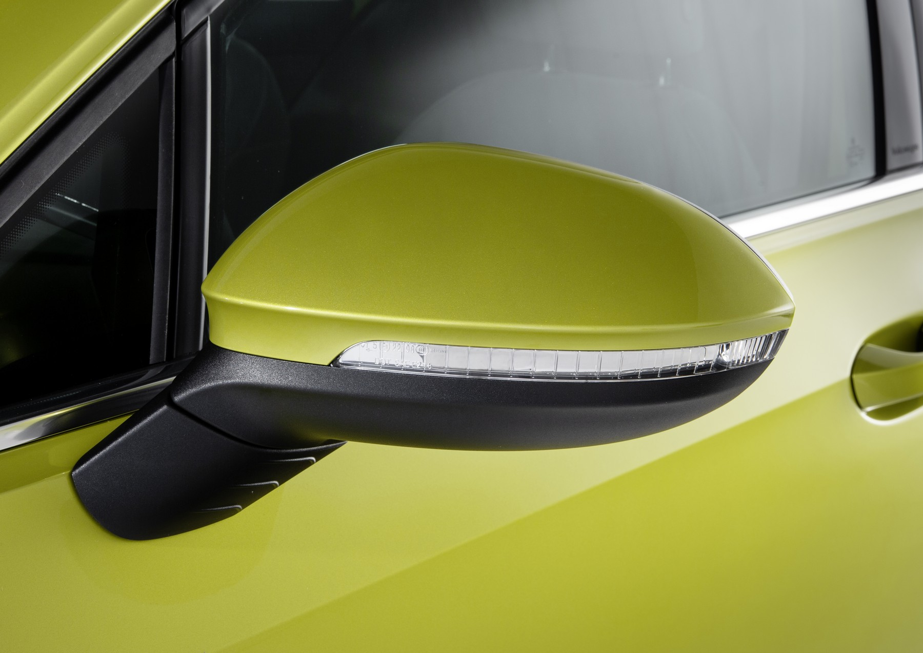 VW-Golf-8-4