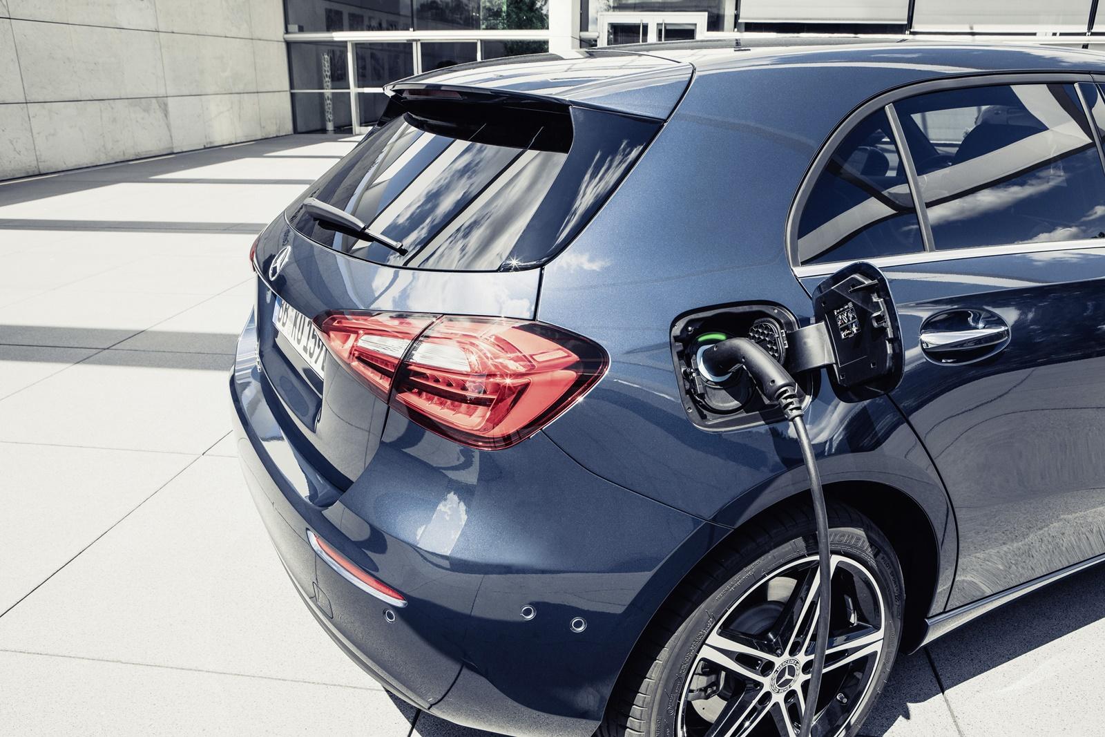 Mercedes-Benz A-Klasse Plug-in-Hybrid // Mercedes-Benz A-Class Plug-in-Hybrid