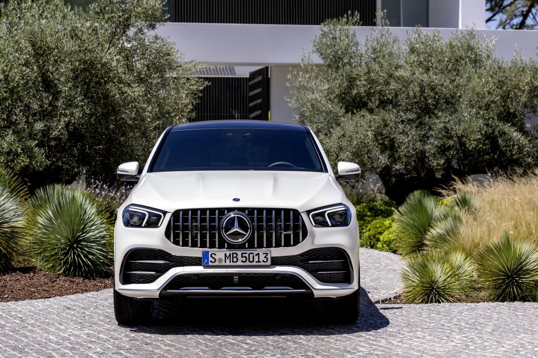 Mercedes-AMG-GLE-53-2