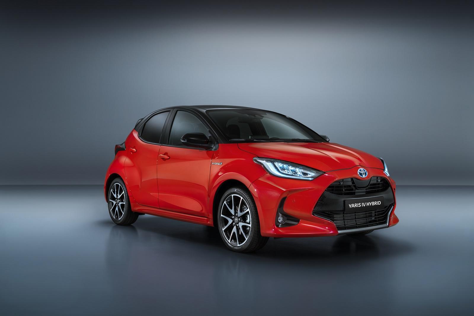 Toyota-Yaris-Hybrid-2