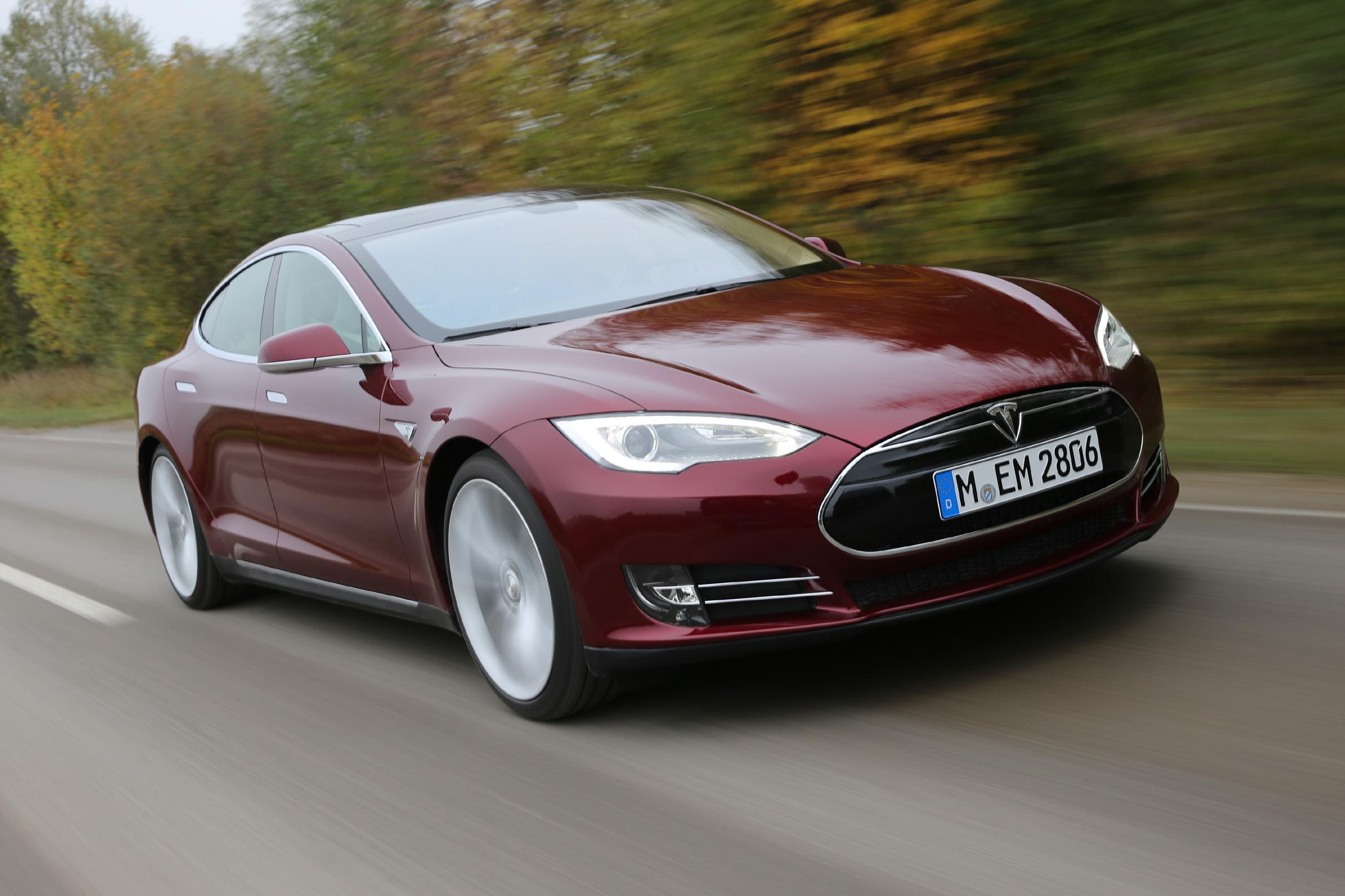 Tesla Model S.automotiveIT