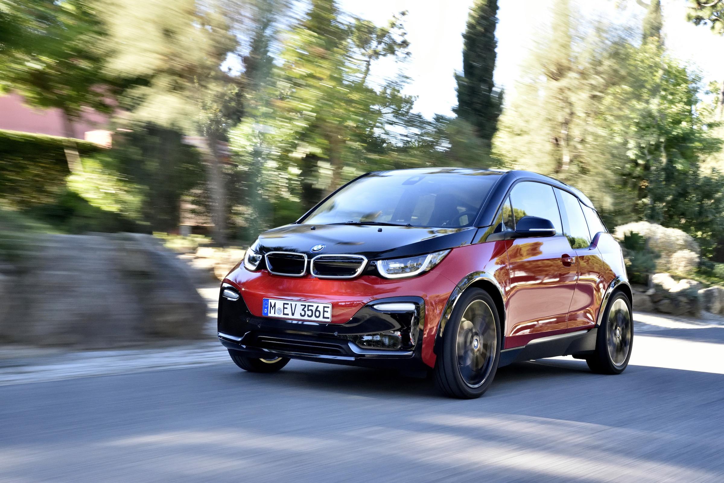 BMW führt deutschen Markt für E-Autos an