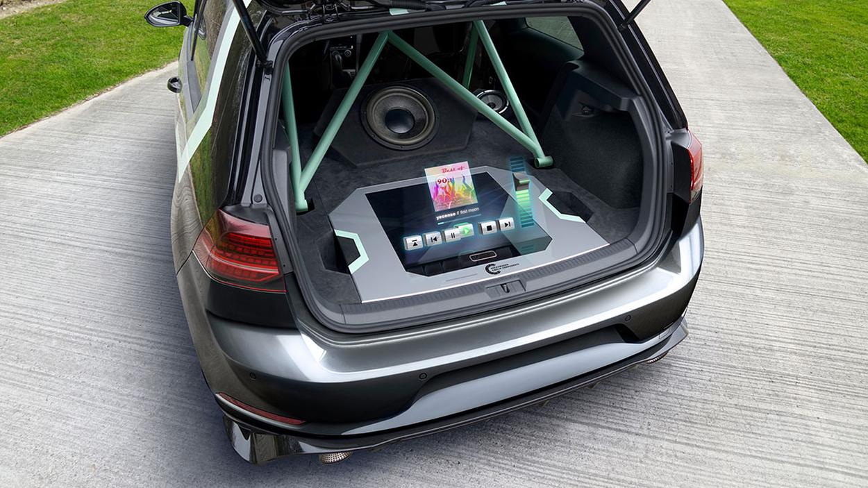 Volkswagen Hologramm Bedienung Soundsystem Golf GTI
