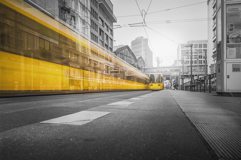 Berlin Nahverkehr Angebot Metropole
