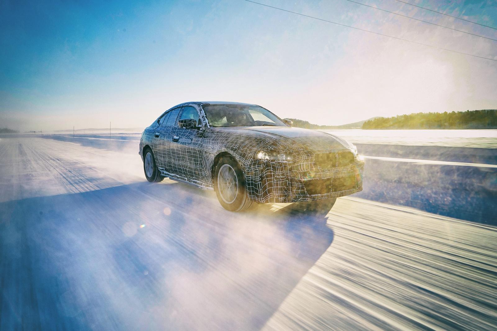 BMW i4: Die goldene Mitte - carIT
